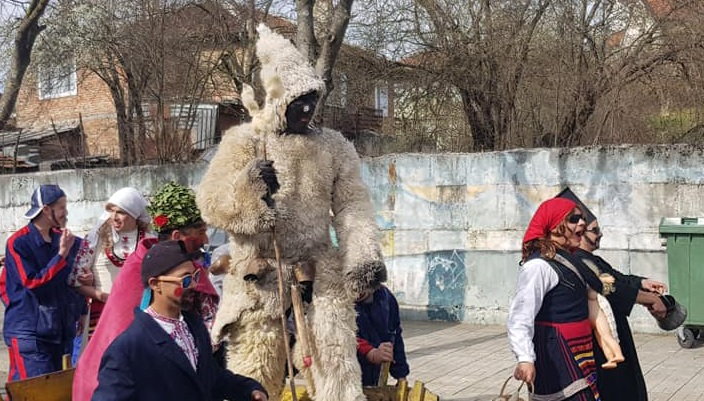 Кукер без маска /Бял кукер/ и Паликош в Малко Търново